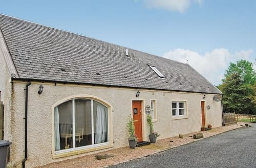 Last Minute Cottages - Quaint Glasgow Cottage S23537