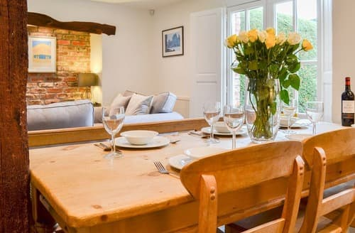 Last Minute Cottages - Tasteful York Cottage S125582