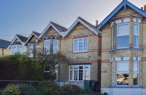 Last Minute Cottages - Luxury Cowes Cottage S126158