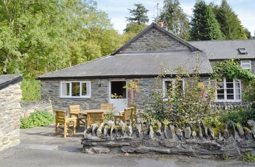 Last Minute Cottages - Stunning Betws Y Coed Cottage S22364