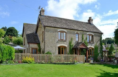 Last Minute Cottages - Captivating Stroud Cottage S44161