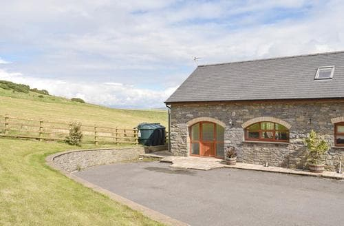 Last Minute Cottages - Lovely Aberystwyth Cottage S85859