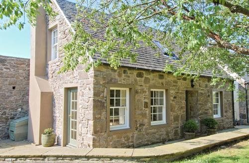 Last Minute Cottages - The Arns Cottage