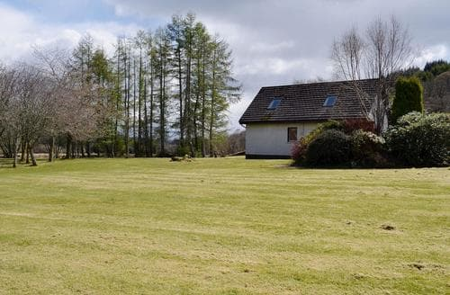 Last Minute Cottages - Cosy Dunoon Cottage S50611