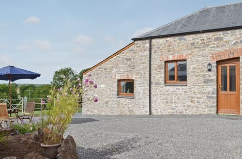 Last Minute Cottages - Shepherds Lodge