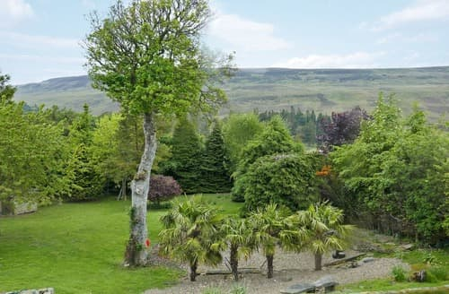 Last Minute Cottages - Cosy Stanhope Cottage S94613