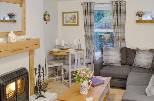Last Minute Cottages - Lovely Haltwhistle Cottage S93615