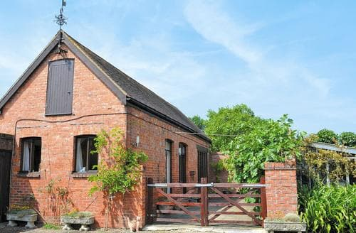 Last Minute Cottages - Adorable Ashford Cottage S13522