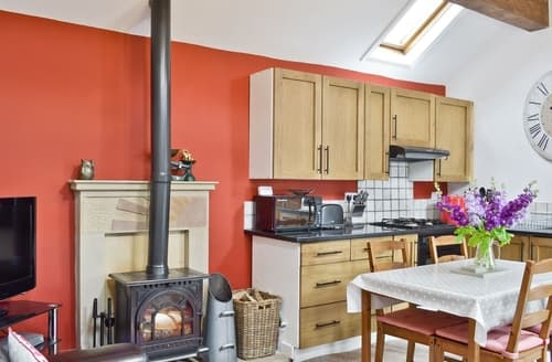 Last Minute Cottages - Exquisite Brassington Cottage S37645