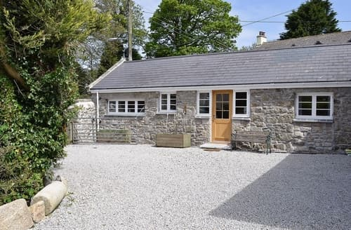Last Minute Cottages - Mowie Barn-W43300