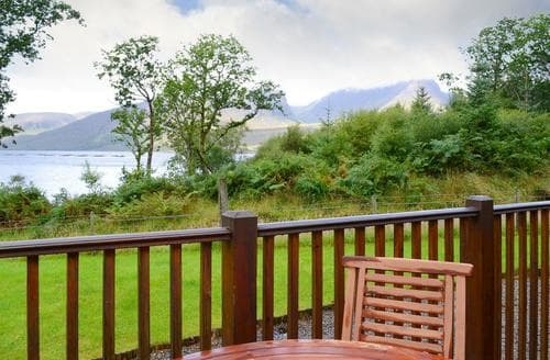 Last Minute Cottages - Lovely Strathcarron Cottage S85489
