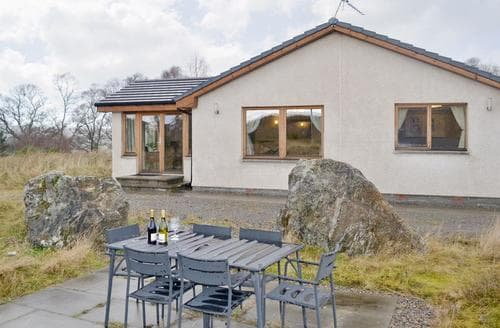 Big Cottages - Beautiful Inverness Cottage S45090