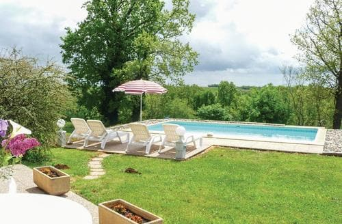 Last Minute Cottages - Beauville