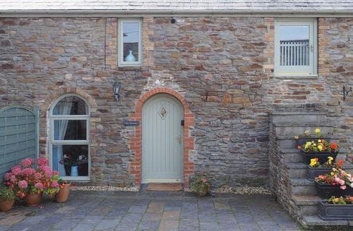 Last Minute Cottages - Excellent Swansea Cottage S21793