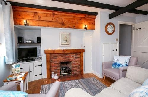 Last Minute Cottages - Ammonite Cottage