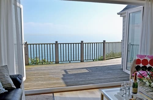 Last Minute Cottages - Lovely Folkestone Cottage S13633