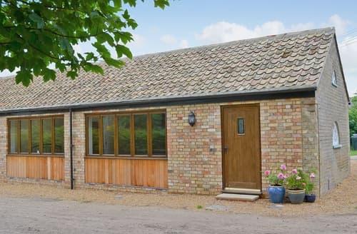 Last Minute Cottages - Delightful Ely Cottage S17019