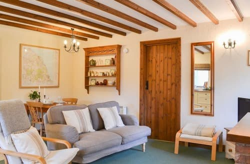 Last Minute Cottages - Beautiful Scarborough Cottage S15418