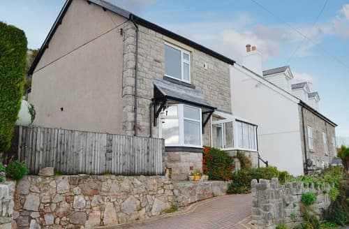 Last Minute Cottages - Quaint Colwyn Bay Cottage S22410