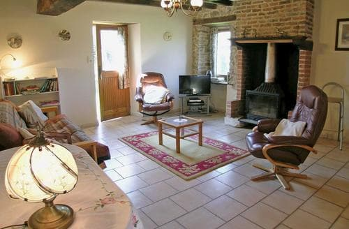 Last Minute Cottages - Inviting Bellac Cottage S118336
