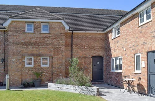 Last Minute Cottages - Frankel - UKC3587