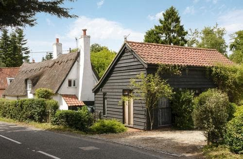 Last Minute Cottages - Superb Saxmundham Cottage S84033