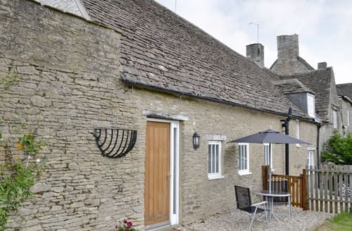 Last Minute Cottages - Quaint Malmesbury Cottage S13712