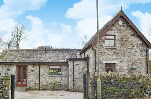 Last Minute Cottages - Lovely Kendal And Lakes Gateway Cottage S94478