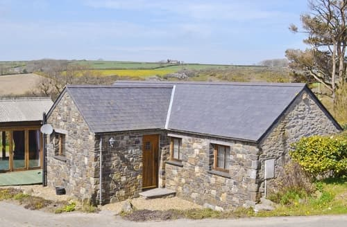Last Minute Cottages - Rhyndaston Villa Cottage