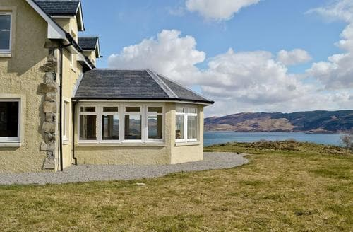 Big Cottages - Stunning Oban Cottage S23133