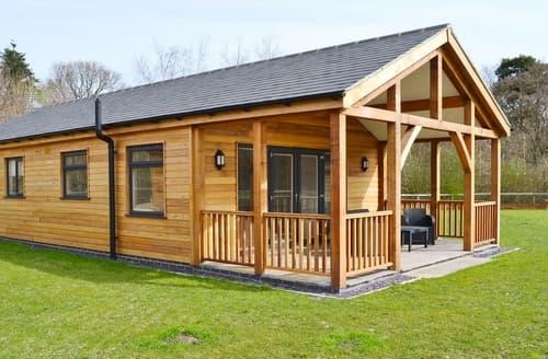 Last Minute Cottages - Oscar Lodge