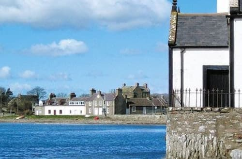 Last Minute Cottages - Low Isle House