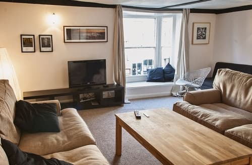 Dog Friendly Cottages - Excellent Rye Apartment S27004