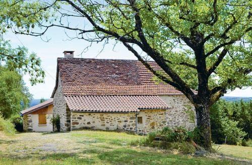 Last Minute Cottages - St Bressou