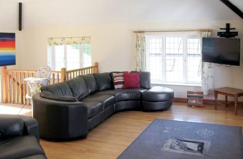 Last Minute Cottages - Superb Lyme Regis Cottage S19796