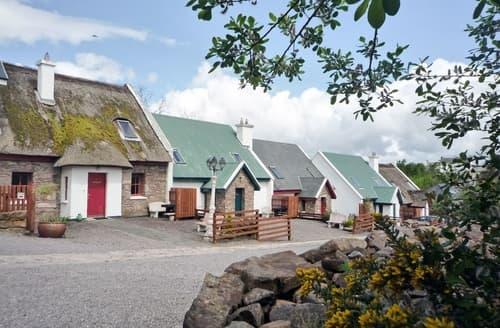 Dog Friendly Cottages - Adorable Milltown Cottage S24052