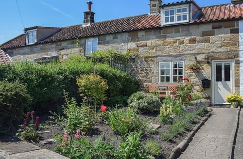 Last Minute Cottages - Superb Whitby Cottage S90704