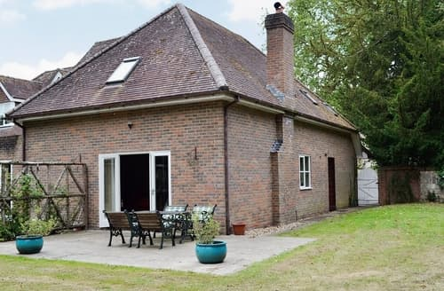 Last Minute Cottages - Heron Grange Cottage