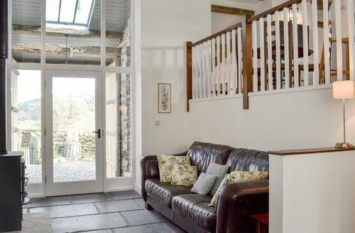 Dog Friendly Cottages - Luxury Lowick Cottage S94762