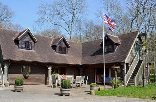 Last Minute Cottages - Stunning Uckfield Apartment S80174