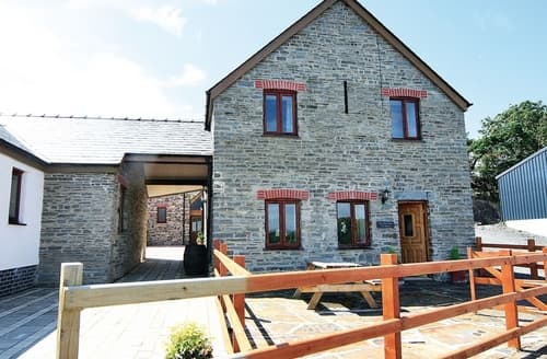 Last Minute Cottages - The Hay Suite - HW7553