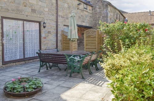 Last Minute Cottages - Yard End House- IAE
