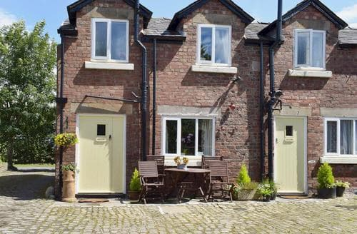 Last Minute Cottages - Excellent Southport Cottage S74053