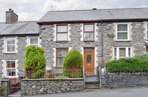Big Cottages - Attractive Blaenau Ffestiniog Cottage S44458
