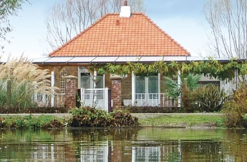Last Minute Cottages - Houlle