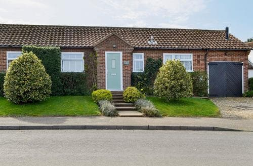 Last Minute Cottages - Beautiful Hunstanton Cottage S38024