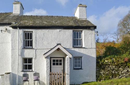 Last Minute Cottages - Exquisite Bowness On Windermere Cottage S24424