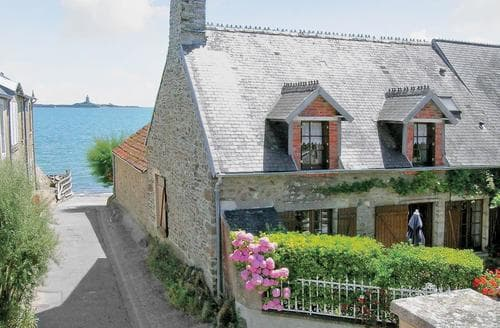 Last Minute Cottages - Captivating Cherbourg Octeville Cottage S118565