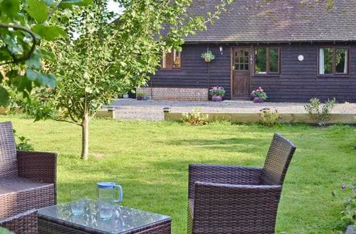 Last Minute Cottages - The Cart Lodge