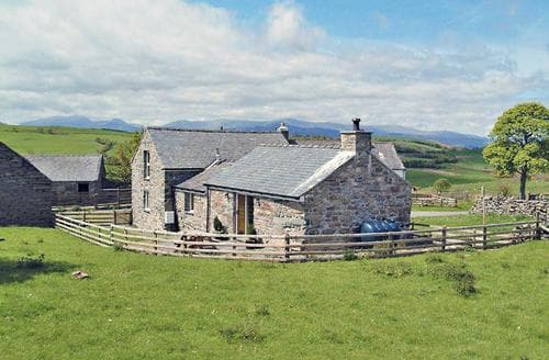 Last Minute Cottages - Attractive Betws Y Coed Cottage S22365